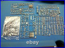 1/350 Scale Trumpeter USSR Admiral Kuznetsov Aircraft Carrier 05606 Ship Model