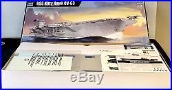 5619 Trumpeter 5619 1/350 USS Kitty Hawk CV-63 Aircraft Carrier 9580208056197