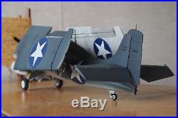 Built 1/32 WW2 US Navy Carrier Fighter Aircraft F4F Wildcat