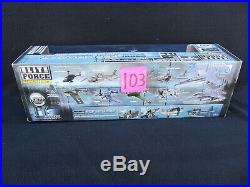 Elite Force BB US NAVY F6F Hellcat Carrier Fighter MINT NEW RARE 1/18