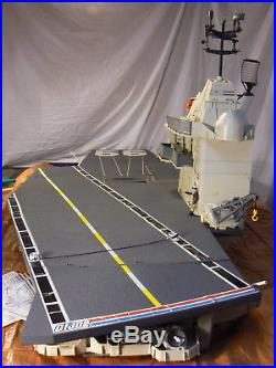 GI JOE USS FLAGG Aircraft Carrier 1985 HASBRO Near Complete with Manual, Keel Haul