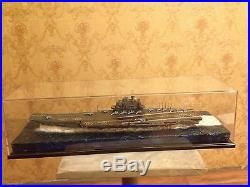 Soviet/Russian Admiral Kuznetsov aircraft carrier with diorama 1700