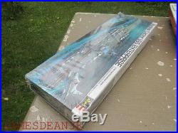 Vintage Revell model USS ENTERPRISE nuclear aircraft carrier 1/720 scale